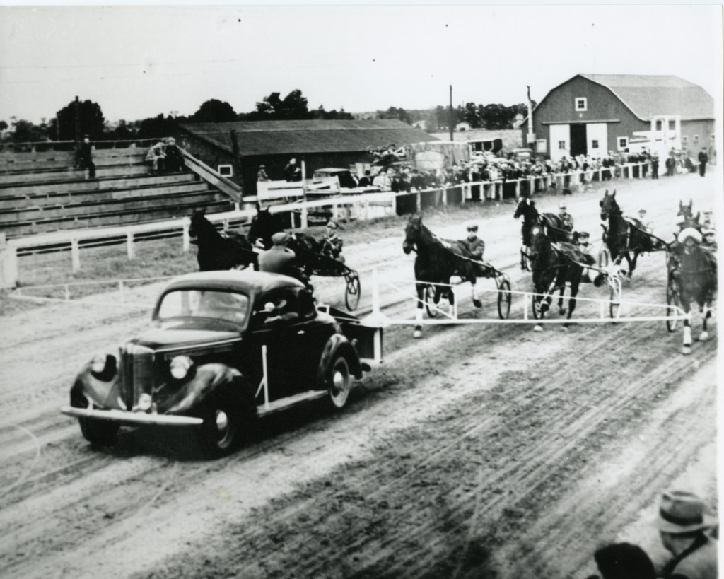 Tillsonburg race start - no year001